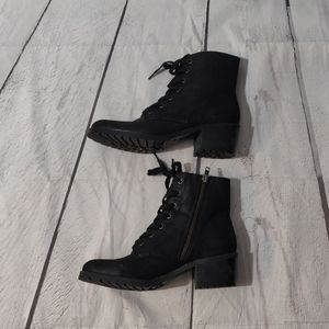 American Eagle Black Lace up Boots